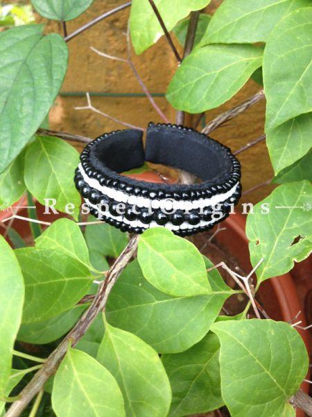Buy Ladakhi Beaded Bangle ;Black and White ;Handmade Bangles for Women at Respectorigins.com