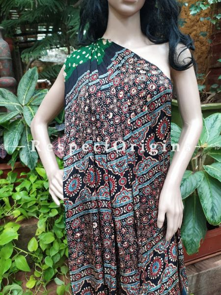Bandhani Gajji Semi Silk Green Saree with Running Blouse; RespectOrigins.com