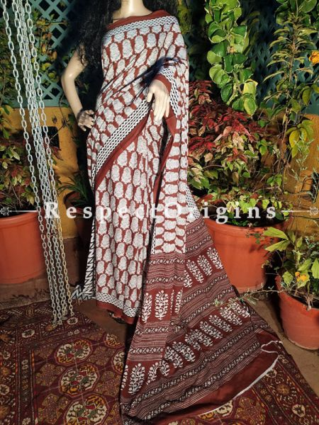 Brown Sanganeri Floral Motif Breezy Dabu Hand Printed Mul Cotton Saree with Blouse
