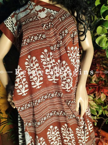 Buy Brown Sanganeri Floral Motif Breezy Dabu Hand Printed Mul Cotton Saree with Blouse at RespectOrigins.com