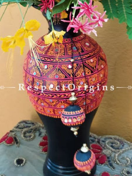 Buy Exotic Hand- painted Mirror In Clay Black Pottery Vase at Respect Origins