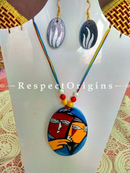 Buy Hand Painted Couple Wooden Jewellery Set With Oval Pendant and Matching Earrings at RespectOrigins.com