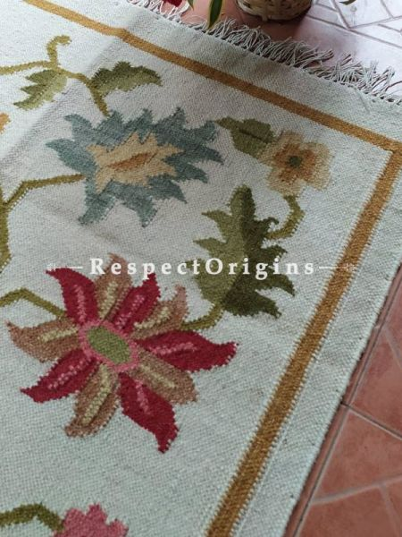 White Designer Hand Knotted Wool Rug ; 5*3 Ft; RespectOrigins.com