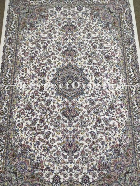 Buy Lush oriental Kashmiri Silk Carpet in 4x6 Ft At RespectOriigns.com