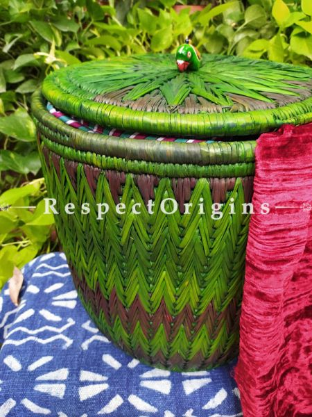 Green Laundry Basket With Lid; Hand-Braided Natural Moonj Grass; 16X16 In; Zig Zag Design Online  at RespectOrigins.com
