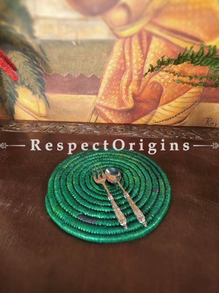 Leaf Green Braided Organic Natural Moonj Grass Place-Mats or Hot Plates. at respect origins.com