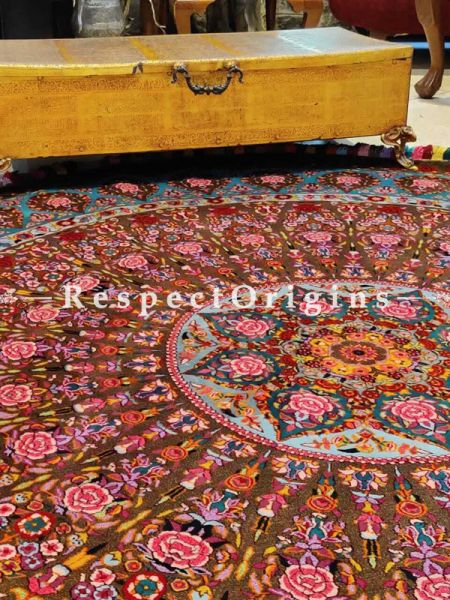 Splendid Brown Base Round Woollen Hand Knotted Carpet With Floral Design; 6 Feet Diameter ; RespectOrigins.com